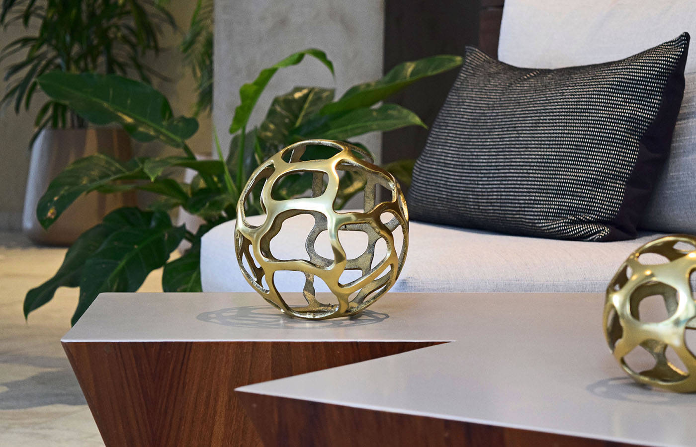 Accesorios Decorativos Global Views Karen Collignon # Muebles Karen Collignon